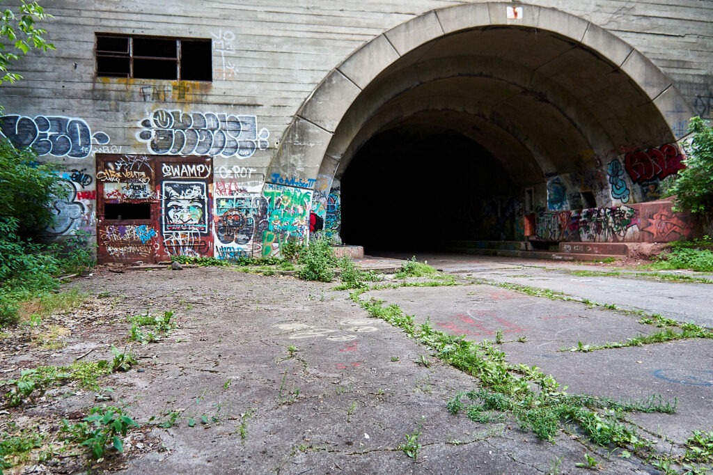 looking into the tunnel from the outside